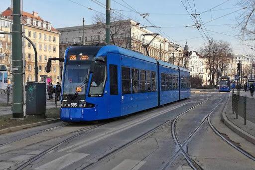 Kraków: tramwaje nie pojadą popularną trasą. Z jakimi zmianami muszą się liczyć podróżujący