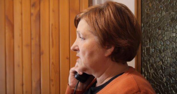 72-letnia seniorka została oszukana. Poszkodawana kobieta oddała 25 tysięcy złotych. Policja wydała ważny apel