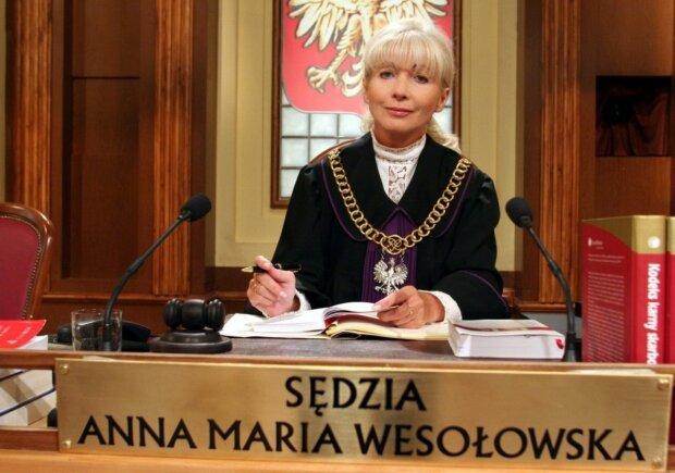 """Program """"Sędzia Anna Maria Wesołowska"""" znamy wszyscy. Jeden z bohaterów popadł w konflikt z prawem. O co chodzi"""