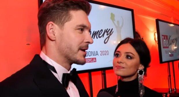 Mikołaj Roznerski i Adriana Kalska. Źródło: Youtube