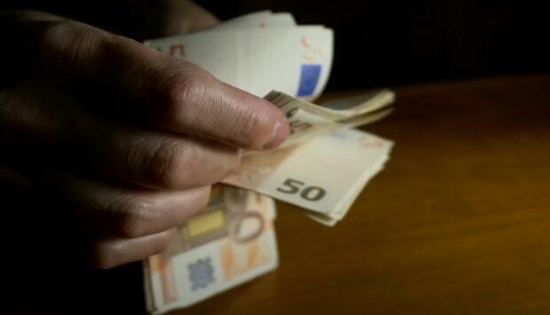 Pieniądze, euro screen YT