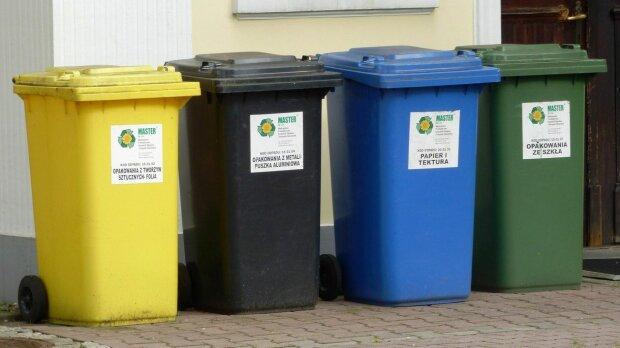 Kraków: radni pokłócili się o śmieci. Władze miasta forsują swoje rozwiązanie. Ile krakowianie w końcu będą płacić za odbiór odpadów