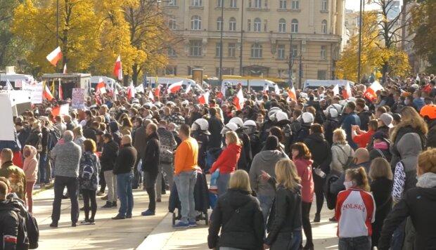 Protest, Warszawa/ YouTube: Głos Obywatelski