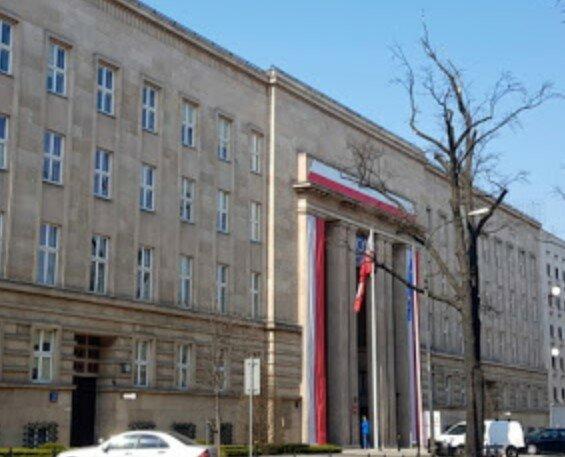 Resort edukacji narodowej opublikował ważną wiadomość dla wielu Polaków. Chodzi o placówki oświatowe