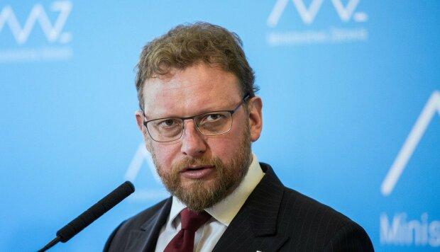 Łukasz Szumowski. Jego oświadczenie majątkowe zainteresowało opinię publiczną. W czym tkwi problem?