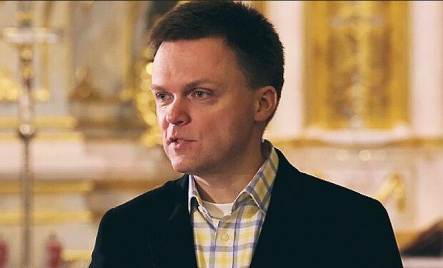 """Niebywałe zachowanie księdza wobec Szymona Hołowni. """"Odmówił mi komunii świętej. Wszystko przez poglądy"""""""
