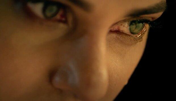 Kobieta, łzy screen: YouTube