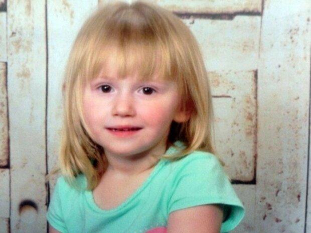 Zaginęła 2-letnia dziewczynka. Kilka dni później u drzwi jej domu pojawił się pies. Krewni nie mogą powstrzymać łez szczęścia