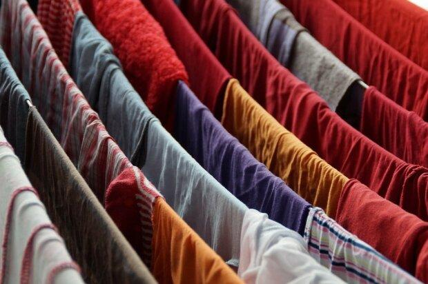 Jak suszyć ubrania mimo wilgoci?/screen Pixabay