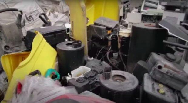Gdzie oddać elektrośmieci? / YouTube:  Marek Wiśniewski