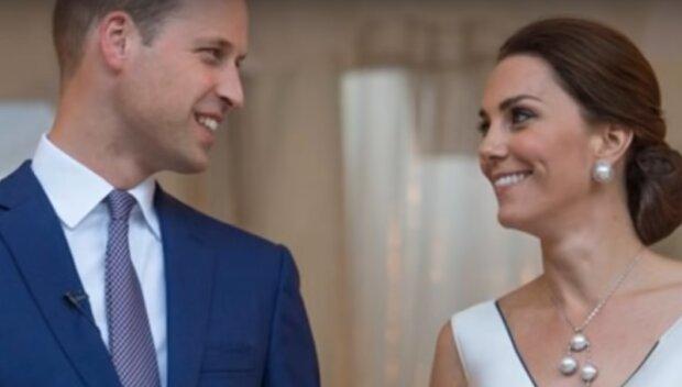 Plotki o kolejnej ciąży księżnej Kate rozgorzały od nowa. Wszystko za sprawą sukienki księżnej