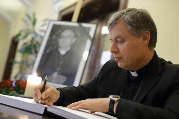 Ks. Ireneusz Bradtke odmienił kościół w Gdańsku. Jak komentuje obecną sytuację