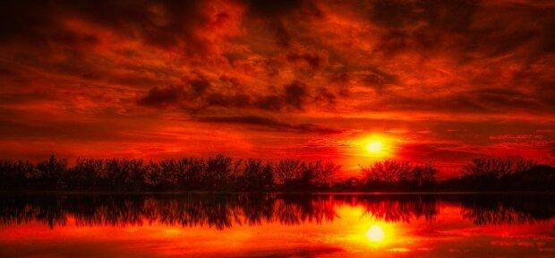 """Czy istnieje naukowa słuszność powiedzenia """"Czerwone niebo nocą, radość żeglarzy. Czerwone niebo o poranku żeglarze ostrzegają """""""