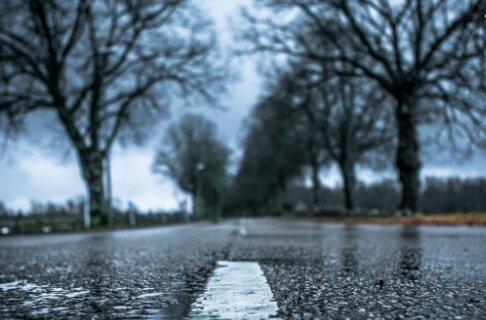 Parasol czy sanki, pogodowe niespodzianki na najbliższe dni