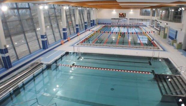 Kąpiel w basenie nie jest bezpieczna? Ekspert odpowiada, czy można zarazić się w akwenie wodnym