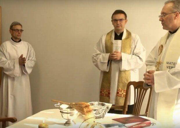 Kraków: przedstawiciel kurii mówi o nieoficjalnych decyzjach w sprawie odwiedzin duszpasterskich w tym roku. Jak będzie wyglądać kolęda w tej diecezji