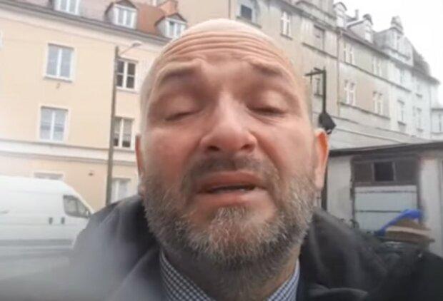 Ksiądz Michał Woźnicki/screen Youtube @W obronie Mszy Św. P-ń Wroniecka 9. Msza Trydencka