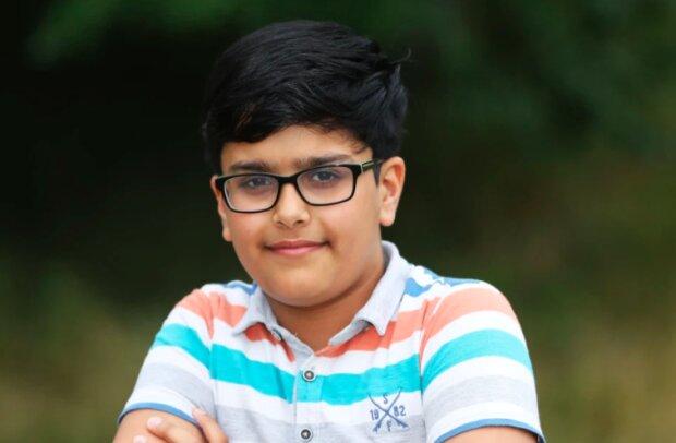 Niesamowity chłopiec! / Źródło: thesun.co.uk