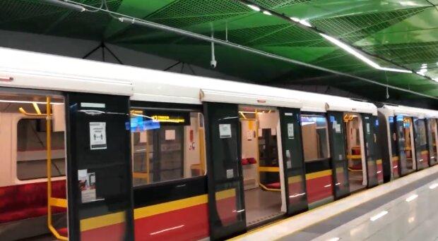 Metro warszawskie/ YouTube: sqrt9