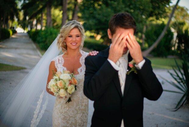 Niewyobrażalne emocje / weddingdatespro.com