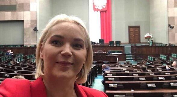 """Aktorka z """"M jak miłość"""" kandydatką PiS na przewodniczącą komisji rodziny. Skąd tyle kontrowersji"""