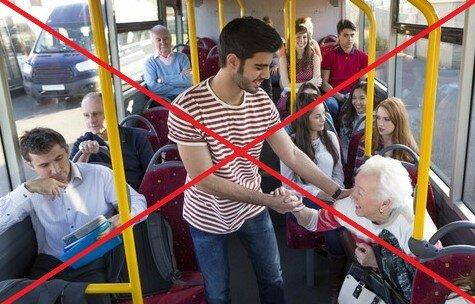 Dlaczego nie powinniśmy ustępować miejsca starszym osobom. Naukowcy wyjaśniają
