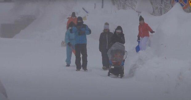Zima, śnieżyca/ YouTube