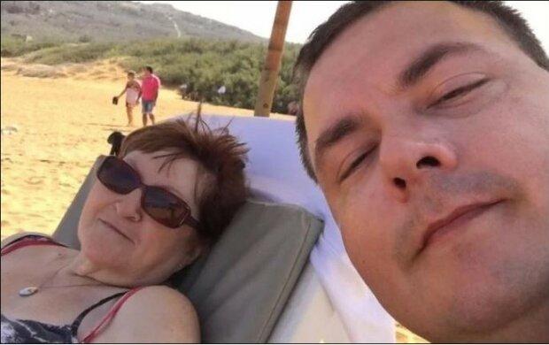 Gdy się pobrali, ona miała 52 lata, a on 17. Jak wygląda ich związek po 18 latach