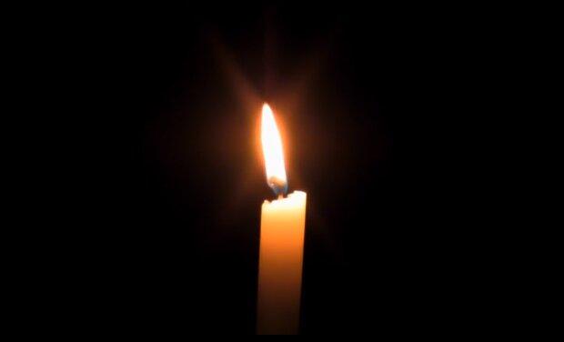 Płonąca świeca/YouTube @ Noosfera