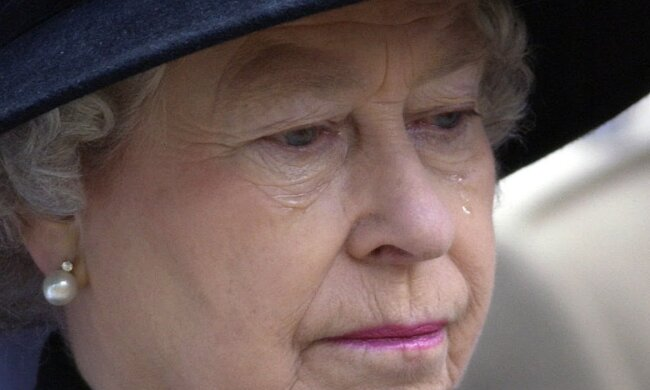 Królowa Elżbieta napisała pożegnalny list. Jego treść chwyta za serce!