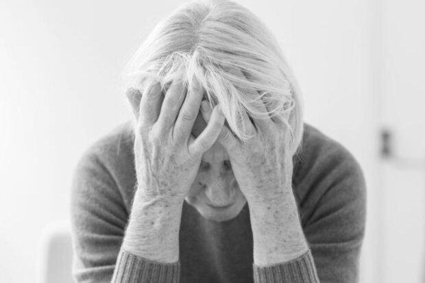 Kobieta była w nieszczęśliwym małżeństwie. Kiedy mąż opuscił ją w wieku 61 lat, i zostawił list, kobieta postanowiła opowieść swoją historię