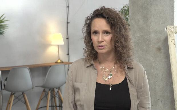 Monika Mrozowska. Źródło: youtube.com