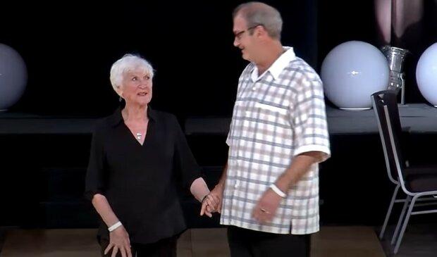 Taniec w wykonaniu pary staruszków, screen YT