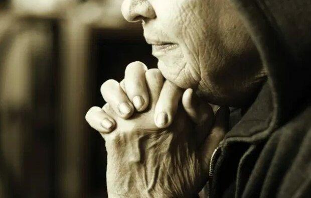 Gdy martwisz się o swoje dorosłe już dzieci, ta modlitwa pomoże w dalszej opiece nad nimi