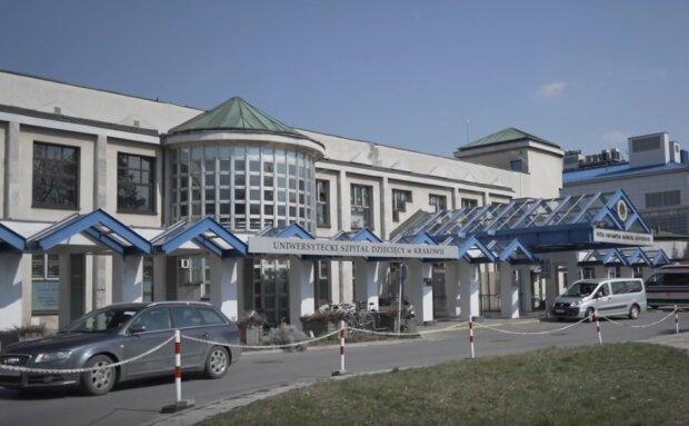 Kraków: lekarze byli mocno zaskoczeni tym odkryciem. Dziecko, które trafiło do szpitala połknęło aż pięćdziesiąt kulek. Trzeba na to uważać