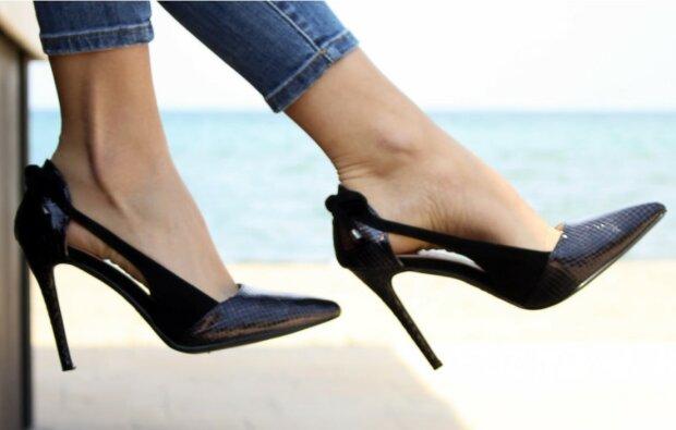 Co zrobić, by buty nie ocierały?/screen Pexels