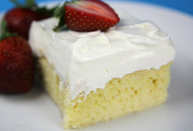Pyszne ciasto z kremem mlecznym w kilka chwil!/screen YouTube