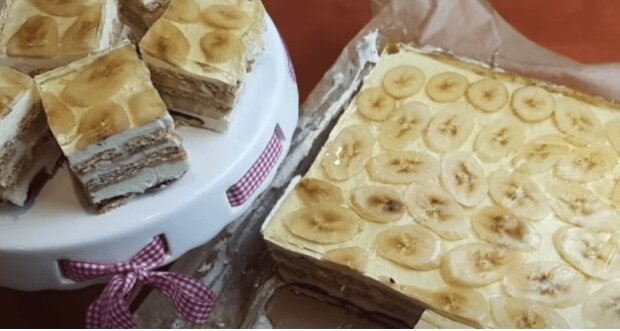 Ciasto bananowe bez pieczenia, screen:Youtube