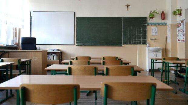 Kto powinien decydować o zamknięciu szkoły podczas pandemii koronawirusa? Nie ma jednoznacznej opinii