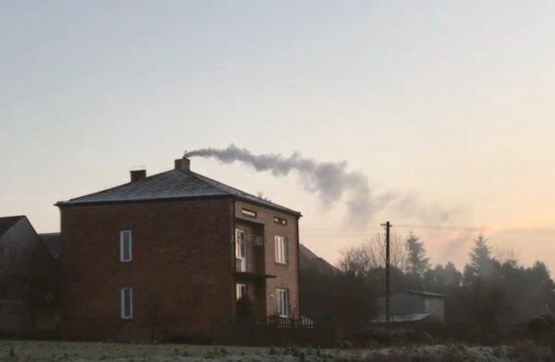 Kraków: miasto niechlubnym przykładem dla Małopolski. Powrócił problem smogu. Naukowcy alarmują o jego wysokiej szkodliwości