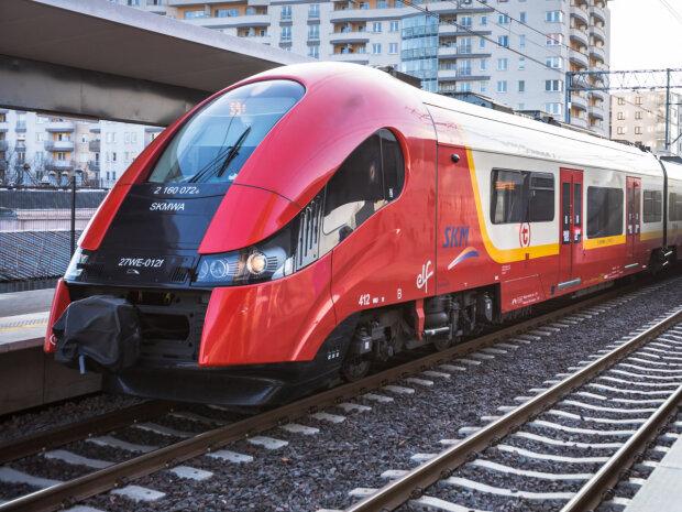 Nowe pociągi/ https://wawalove.wp.pl/