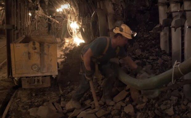 Szykują się ciecia etatów w górnictwie. Aż 40 tysięcy osób być może będzie musiało odejść w najbliższym czasie z kopalni
