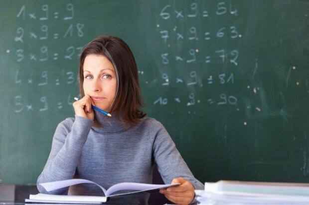 Ujawniamy cała prawdę o zarobkach nauczycieli w Polsce!