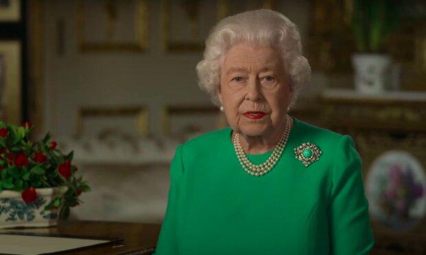 Jak królowa Elżbieta II zareaguje na takie słowa? / YouTube: BBC