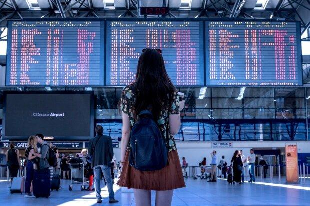 To nie są dobre wiadomości dla podróżujących za granicę. MSZ poinformowało o dodatkowych obostrzeniach