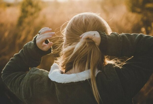 Piekne włosy naturalnie!/screen Pixabay