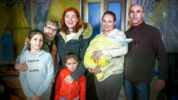 Ekipa programu wyremontowała dom rodziny, która straciła cały dorobek w pożarze, źródło: Polsat