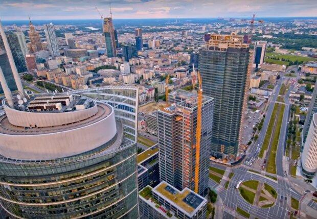 budynki i mieszkanai w Warszawie