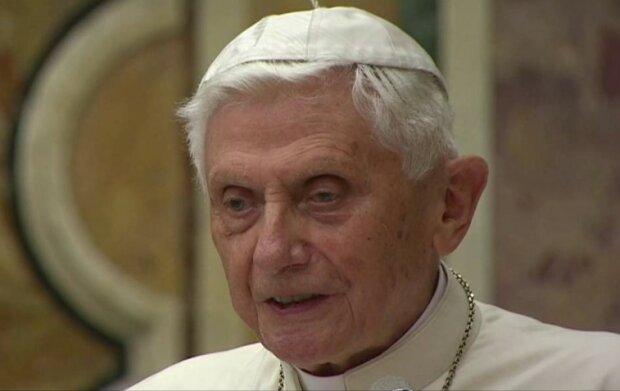 Papież Benedykt XVI/screen YouTube