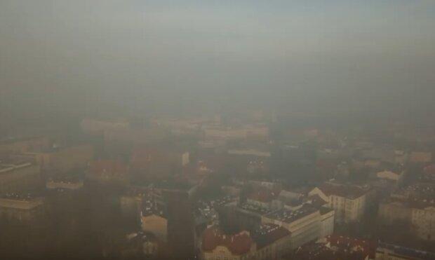Kraków: kolejny dzień przekroczenia dopuszczalnych norm zanieczyszczenia powietrza w mieście i wielu miejscach w województwie małopolskim